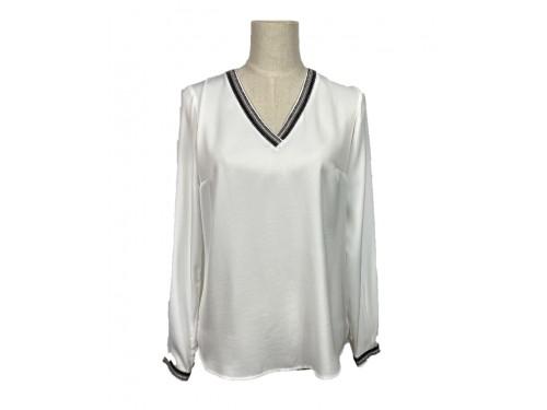 Blusa satinada blanca