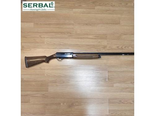 Escopeta  semiautomática...